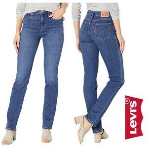 Levi's 724  High Rise Straight Leg Jeans